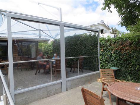 Wind Und Regenschutz Für Terrasse bewegl wetterschutz f 252 r ihre terrasse direkt vom hersteller