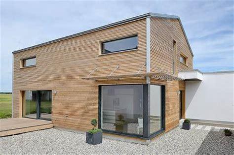 Moderne Häuser Günstig by Moderner Holzbau Holzfertigbau Und Mehrgeschossiger