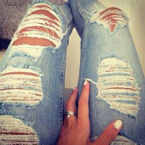 Jeans tumblr skinny ripped jeans belt ripped skinny jeans ripped skinny jeans - Wheretoget