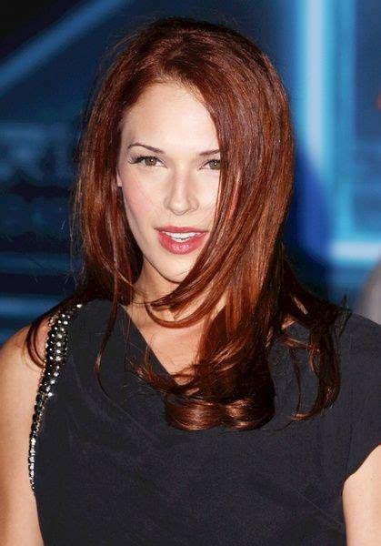 Amanda Righettis Flattering Red Hairstyle Brunette Hair