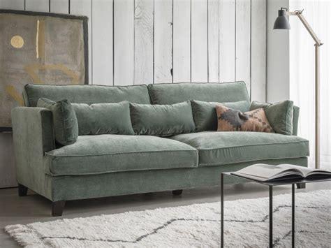 housse pour canapé le salon passe au vert joli place