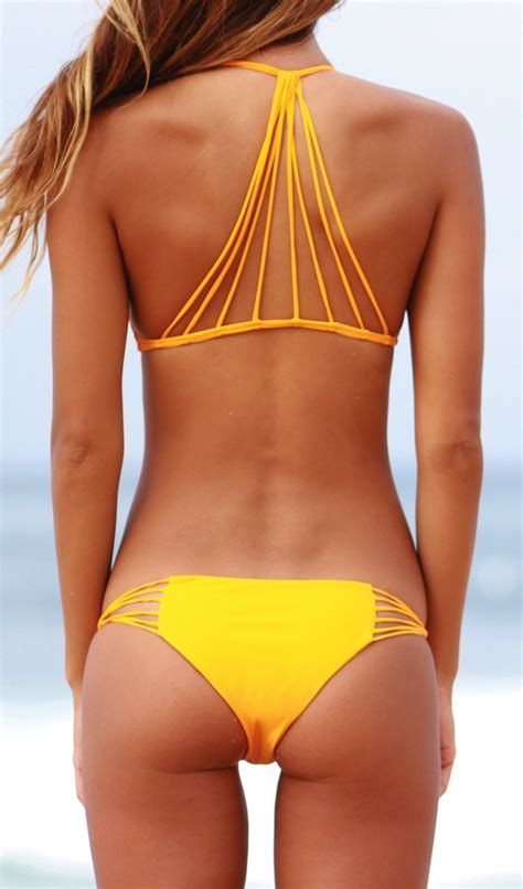 Mikoh Banyans Top & Lanai Bottom   Mikoh Swimwear   Nic