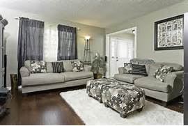Paint Color For Dark Living Room by Paint Colors For Living Room Wall With Dark Hardwood Floors Home Painting