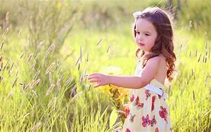 Beautiful butterfly cute girl with grass image Wallpapers ...