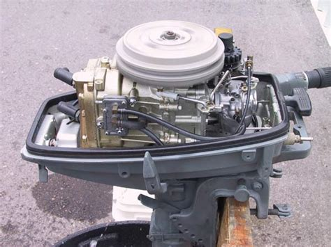 Boat Motors Suzuki by Used Suzuki 8hp Outboard Boat Motor For Sale