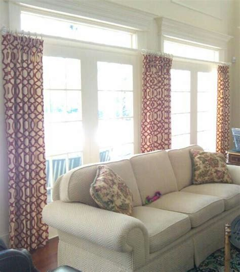 hang drapes   transome  show  moulding