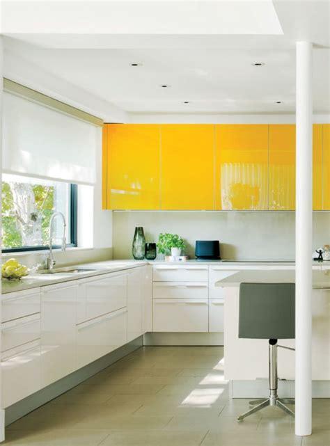 cuisine blanche et jaune les 25 meilleures idées de la catégorie jaune vif sur