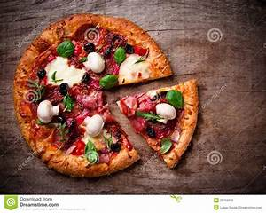 Delicious Italian Pizza Royalty Free Stock Images - Image ...