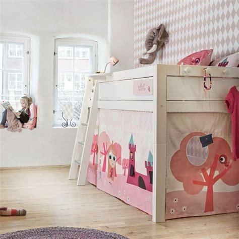 cabane chambre fille chambre fille lit cabane chambre idées de décoration