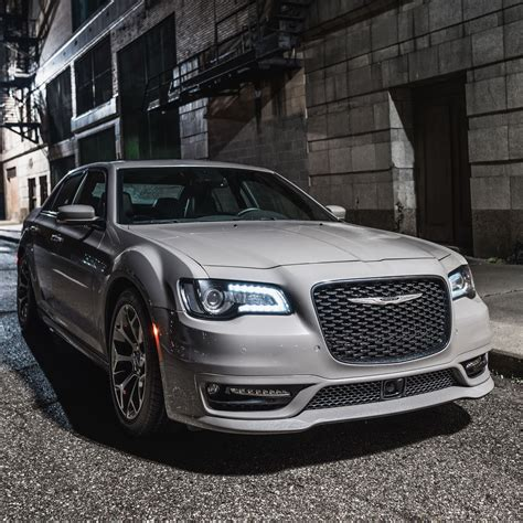 The Chrysler by Fca Shakes Up The Chrysler 300 Line For 2018 Carscoops