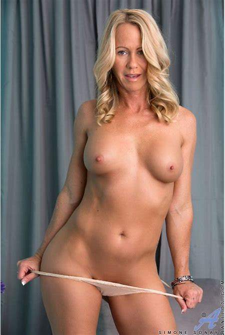 Anilos.com - Freshest mature women on the net featuring Anilos Simone Sonay real milf