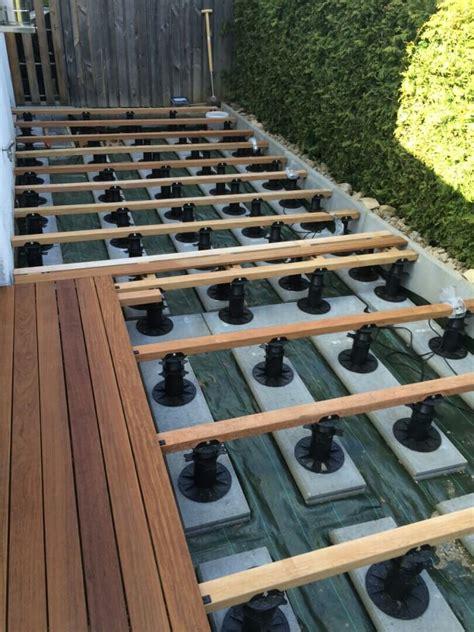 terrassen unterkonstruktion abstand bauanleitung f 252 r holzterrasse unterkonstruktion verlegen