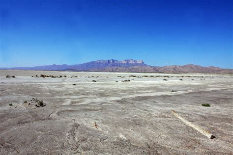 Filetexas Dry Lake Bed (7671852782)jpg  Wikimedia Commons