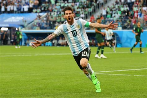 GOAL: Messi scores for Argentina (VIDEO)
