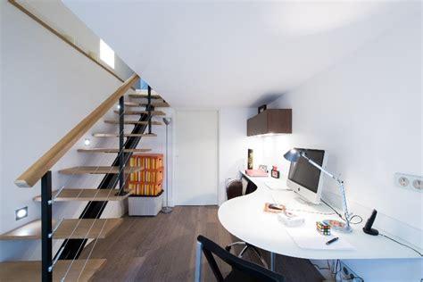 plan de travail pour bureau sur mesure bureau aménagé en sous sol