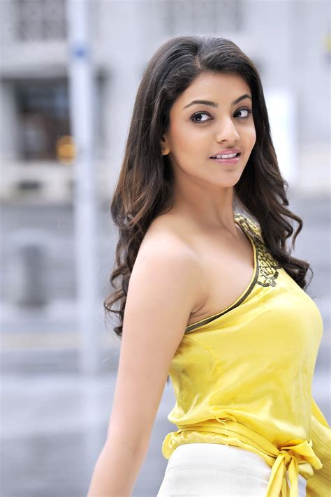 Kajal Agarwal Hot Hd Wallpapers 1366x768 Excellent Hd