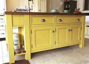 Standing Kitchen Furniture by Free Standing Kitchen Cabinets That Are Movable Like