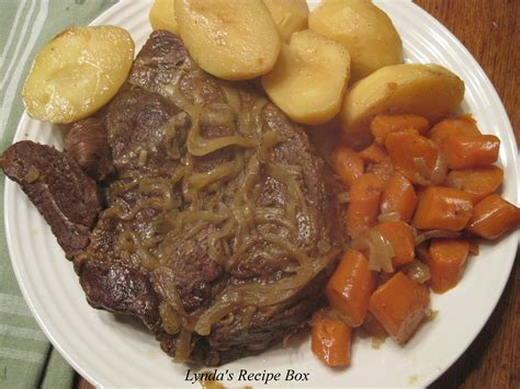 how to cook roast in oven lynda s recipe box how to cook a tender oven braised beef pot roast
