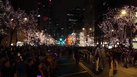 magnificent lights parade 2017 magnificent mile lights festival 2014 youtube