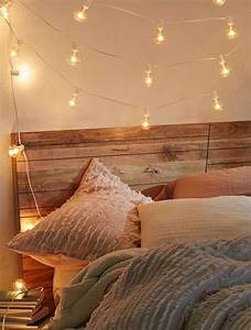 Petite Guirlande Lumineuse : 1001 bricolages et id es pour fabriquer une t te de lit lumineuse ~ Teatrodelosmanantiales.com Idées de Décoration