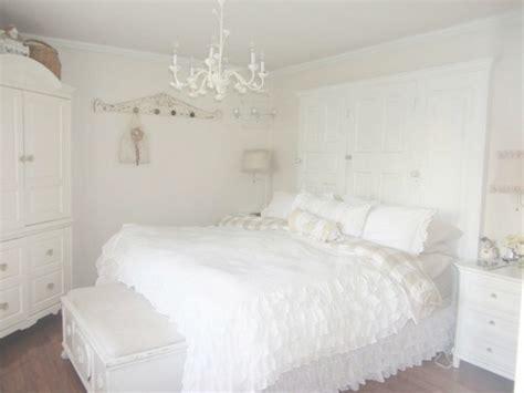 small bedroom chandeliers 35 best ideas of small chandeliers for bedroom 13206