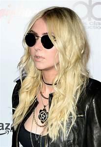 Taylor Momsen At 2014 Revolver Golden Gods Awards