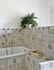 pose faience cuisine carrelage mural ou au sol de salle de bain peinture