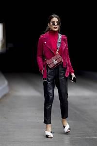 Welche Farben Passen Zu Rot : welche farbe passt zu rot streetstyles fashion week street style und fr hling stra e stil ~ A.2002-acura-tl-radio.info Haus und Dekorationen