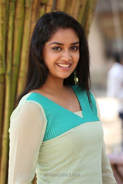 actress karthika suresh keerthi suresh filmography movies list film names list