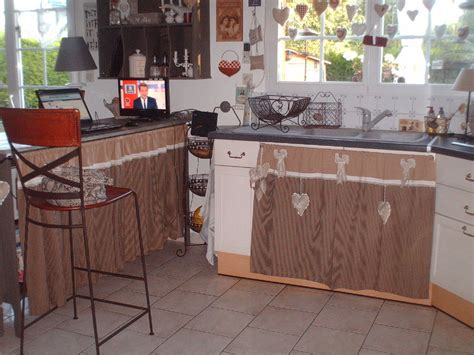 meuble cuisine avec rideau tissu