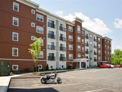 residences at riverwalk apartments manchester nh 03101