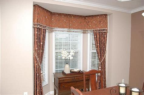 windows inspiration corner curtain rod how to choose curtains for bay windows