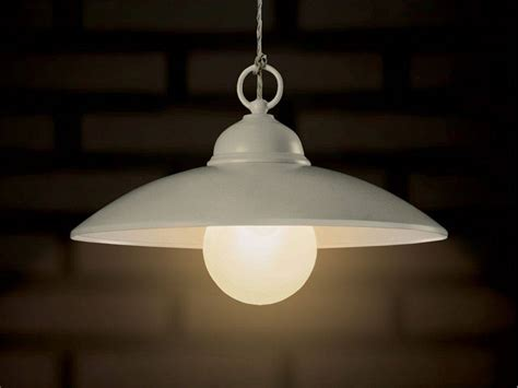 suspended lamp  metal baja