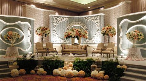 jasa dekorasi pelaminan murah  surabaya wedding