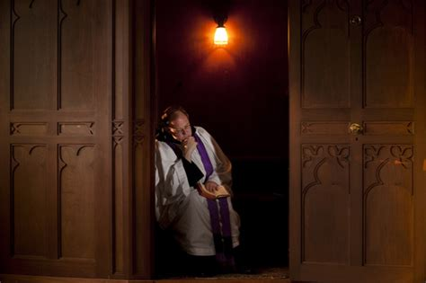 Ten Things Every Catholic Should Know About Confession