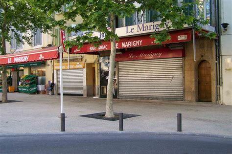bureau de poste salon de provence bienvenue chez les ch 39 tis commence en provence anges ou