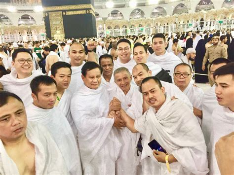 Amien Rais Prabowo Meet Mecca During Umrah Tanyakan News