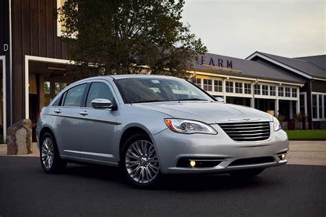 2011 Chrysler 200 Officially Revealed