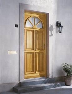 comment choisir sa porte d39entree leroy merlin With porte d entrée pvc avec salle de bain haut de gamme prix