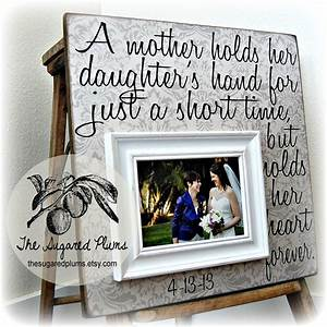 card from mother to daughter on daughter39s bridal shower With special wedding gift for daughter
