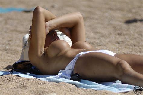 Big Boobs In Spain Beach Voyeur Videos