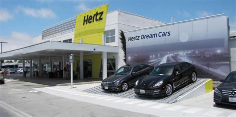 Hertz Reviews East Boston, Massachusetts