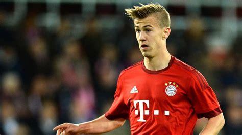 Join the discussion or compare with others! Bayern-Juwel nimmt sich einen Dortmunder zum Vorbild - FC BAYERN MÜNCHEN - SPORT BILD