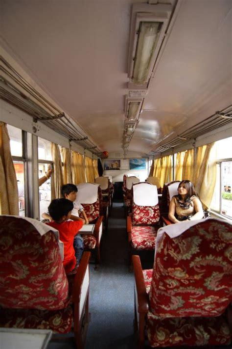 kalka simla toy train shivalik deluxe seating