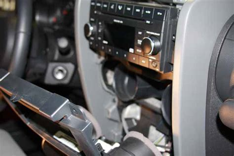 2013 Jeep Jk Stereo Wiring by Installing Stereo In Jeep Wrangler Jk Free