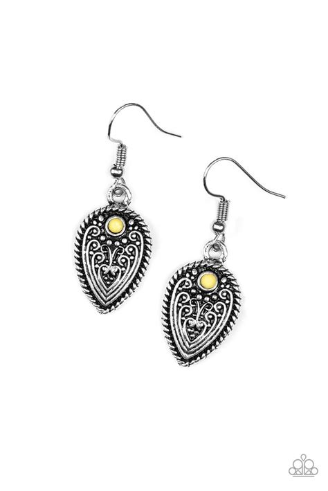 """Paparazzi """"Distance PASTURE"""" Yellow Bead Silver Antiqued"""