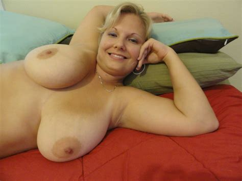 amazing mature lady with huge natural tits see this bbw