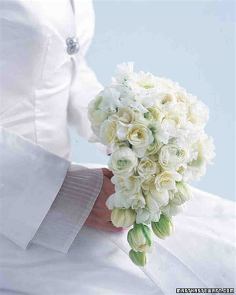Classic Wedding Bouquets Martha Stewart Weddings