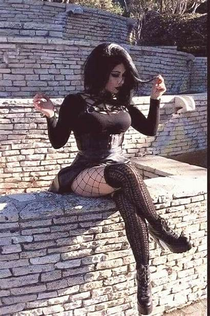 Gothic Outfits Goth Dark Busty Babe Chicas