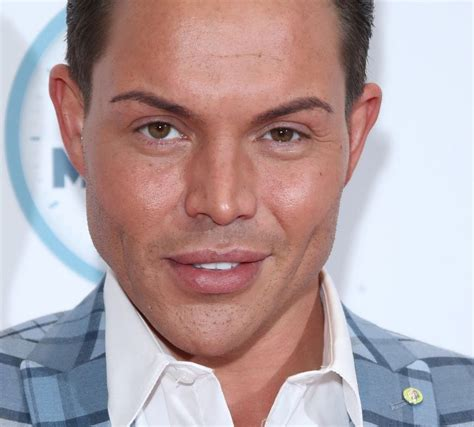 TOWIE star says online abuse has increased during lockdown ...